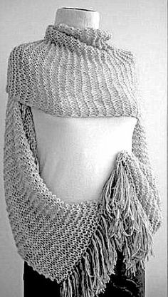 Chunky Shrug #Knit #Wrap #Scarf #Cowl #Bolero #Poncho #Oversized #LooseKnit #Sweater #Women #Fashion #Accessories #holidayfashion #christmasgift #handmade