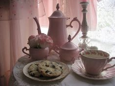 Shabby Cats and Roses: Lovely Pinks for Tea Tuesday