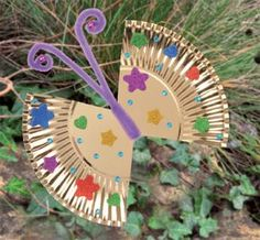Bring the room to life with this easy to make butterfly. Using just a few materials children can decorate their butterfly however they please with endless materials.