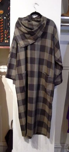 Vintage 1980s Issey Miyake Plantation Wool Oversized Plaid Dress £116.93 (1B)