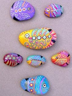 Fish rock painting ( a set of 7 rock painting fish)