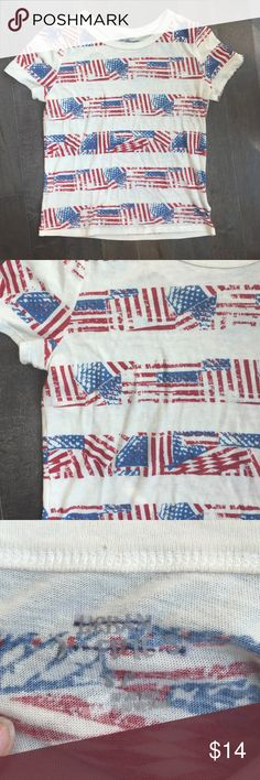 Urban 70's Inspired Graphic American Flag Tee Adorable! Surfer chic meets 70s vintage. Urban outfitters had the right ideA! The shirt is cozy, stretchy and super soft also light!! No damages. Enjoy Urban Outfitters Tops Tees - Short Sleeve