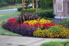 Beautiful! http://media-cache3.pinterest.com/upload/195273333813089054_sV3xQBWu_f.jpg lindadwiseman gardening landscape