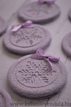 Kifli és levendula: Házi levendulagyurma Diy And Crafts, Crafts For Kids, Arts And Crafts, Art Projects, Projects To Try, Xmas, Christmas, Art For Kids, Holiday Decor