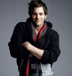 I watched 27 Dresses the other day, and it just reminded me of my love for James Marsden. Can I snuggle in your sweater?