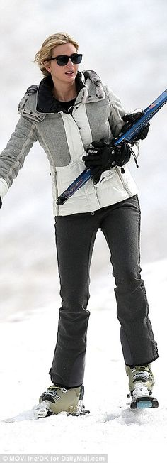 Ivanka Trump enjoys some mother-daughter time on the slopes in Aspen #dailymail