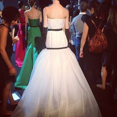 """Pin for Later: Prinzessin Maria-Olympia ist vielleicht mehr als nur Prinz Harry's neue Freundin Sie fotografierte Jennifer Lawrence' Oscars-Kleid, bevor es die Schauspielerin trug Das nennt man dann wohl """"guten Geschmack."""""""
