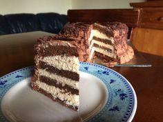 Torta al cioccolato farcita con crema alla Nutella e mascarpone