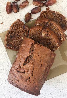 Panqué de datil y nuez Bread Recipes, Baking Recipes, Cake Recipes, Healthy Dessert Recipes, Delicious Desserts, Pan Dulce, Sweet Recipes, Sweets, Food