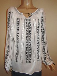 Hand embroidered Romanian peasant blouse, hand stitched ethnic Romanian top - size M /L long Embroidery Suits Design, Peasant Blouse, Long Blouse, Cute Tops, Hand Stitching, Cross Stitch Patterns, Long Sleeve, Costume, Casual