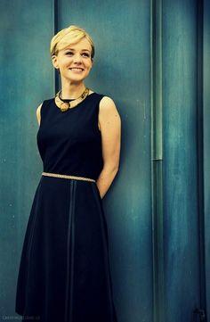 Carrie Mulligan as Daisy Buchanan.