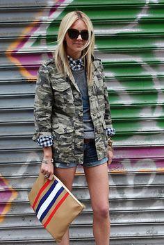 camo jacket over prep outfit Fashion Moda, Girl Fashion, Womens Fashion, Style Fashion, Outfits Mujer, Camo Jacket, Khaki Jacket, Camo Shorts, Jean Shorts