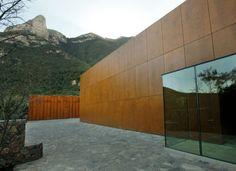 "Producto: Paneles Screen Screenpanel, Fachadas Ventiladas Prodema  Programa: Casa,  Arquitectos: ""Bernardo Gómez Pimienta"""