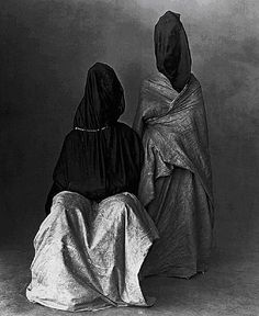 Two Guedras, Morocco, Irving Penn, 1971. auction, bag, guedra, art, irving penn, irv penn, portraits, morocco, photographi