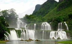 Apart from adventurer's history, Vietnam nurtures rich culture and scenic beauty. Explore the Mekong Delta, Ho Chi Minh and more with our Vietnam Private tours. Best Countries To Visit, Cool Countries, Cool Places To Visit, Vietnam Tourism, Vietnam Travel, Beautiful Waterfalls, Beautiful Landscapes, Vietnam Holidays, Vietnam Voyage