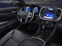 2011 Chrysler 300C Interior Dash View
