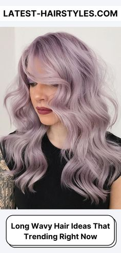 Browse our collection of long wavy hair ideas! We're showing off drop-dead beautiful wavy hairstyles for long hair. (Photo credit Instagram @wellahair) Purple Tinted Hair, Purple Blonde Hair, Platinum Blonde Highlights, Platinum Blonde Hair Color, Purple Hair Highlights, Silver Lavender Hair, Chunky Highlights, Caramel Highlights, Long Wavy Hair