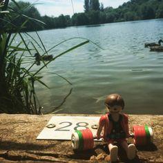 Walk then Lunch by lakeside #wanderingweightlifter