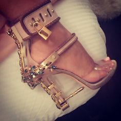 """""""Footwork #Official #Dsquared #ShoeAddict"""""""