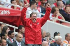 Kenny Dalglish celebrates our first ever victory at Arsenal's Emirates Stadium