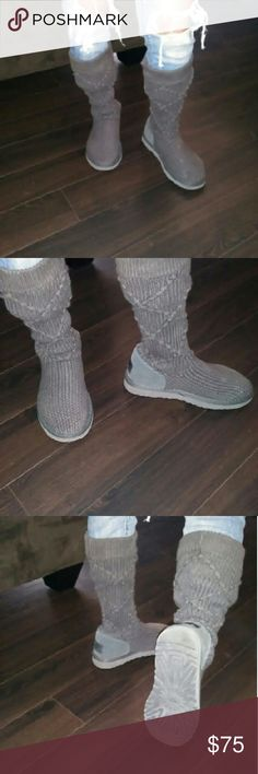 Uggs Great knit uggs still got 95%life on them Shoes Winter & Rain Boots