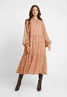 Vila VIMEDOVA ANKLE DRESS - Długa sukienka - rose smoke - Zalando.pl Paisley, Smoke, Ankle, Boho, Casual, Dresses, Fashion, Gowns, Moda