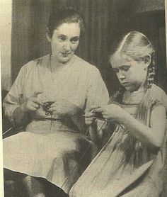 Elizabeth Zimmerman and her daughter.