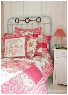 Andrea Guim Blog: Inspire-me decor: Rosa no quarto!