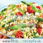 Zdravé fitness recepty - Šalát z quinoy Pasta Salad, Cobb Salad, Polenta, Quinoa, At Home Workouts, Fitness, Recipes, Food, Exercises