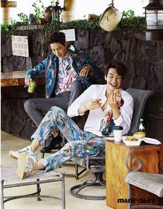 Model actors Lee Soo Hyuk and Kim Young Kwang joined forces and graced Hawaii with their pulchritudinous presence for the April edition of Marie Claire Korea. Lee Jin Wook, Lee Hyuk, Choi Jin Hyuk, Choi Seung Hyun, Lee Jong Suk, Korean Celebrities, Korean Actors, Sweet Stranger And Me, Kim Young Kwang