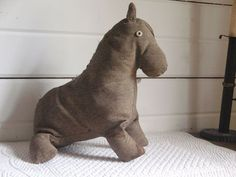 Early 20th C Amish Cloth Horse