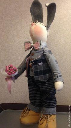 Купить Заяц Сеня. (Завидный кавалер) - подарок на 8 марта, текстильная игрушка, интерьерная игрушка