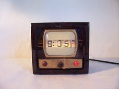 Your place to buy and sell all things handmade Night Light, Light Up, V Model, Vintage Television, Vintage Appliances, Vintage Clocks, Bright Pictures, Cottage Chic, It Works