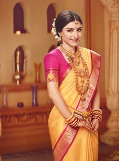 Soha Ali Khan as a gorgeous, traditional South Indian bride! #wow