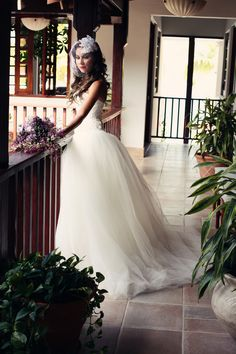 Elegant Bridal Accessories by Cloried Postiche