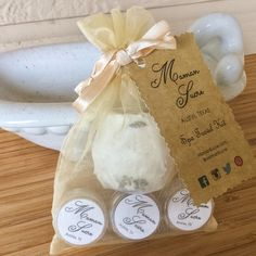 Ready to Gift Spa Kit by MamanSucre on Etsy Handcrafted in Austin, Texas. Always cruelty free. Vegan. All Natural. Organic. Aromatherapy. Bath and Body. #organicskincare #vegan #handmade #handcrafted