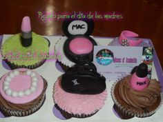 cupcakes personalizados maquillajes..dulzura hecha pastel