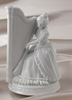 porcelain harp music box