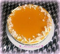 Cheesecake à la mangue (suggestion: remplacer les speculos par des sablés de retz St Michel et ajouter soit des amandes effilées, soit de la noix de coco râpée, incorporer un peu de noix de coco râpée de la crème)