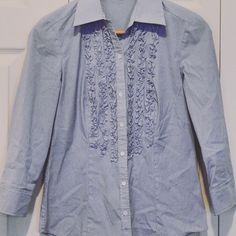 ANN TAYLOR Ruffle Button-up Form-fitting, feminine button-up with ruffle detail. Ann Taylor Tops Button Down Shirts
