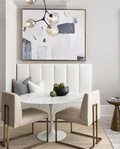 The Secrets Of Small Dining Room Ideas For Your Tiny Home Revealed 91 - findmynewhomes Dining Nook, Dining Room Design, Kitchen Nook Table, Small Dining Area, Kitchen Banquette, Banquette Seating, Eat In Kitchen, Kitchen Design, Dining Room Inspiration