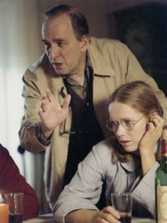 Director Ingmar Bergman and Liv Ullmann on the set of Autumn Sonata, 1978. Ingmar Bergman, Francis Ford Coppola, Cartoon Tv Shows, Famous Couples, Film Director, On Set, Live, Classic Hollywood, The Magicians