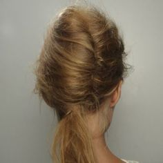 Twisted with low pony #simple#hair#minimal#classic