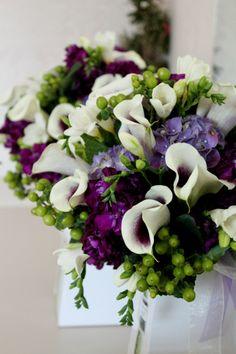 Wedding bouquet purple themed