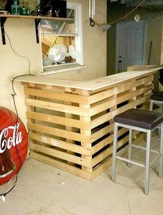 DIY Pallet Bar | Pallet Furniture DIY                                                                                                                                                                                 Mais