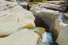Il parco naturale Valle dell' Orta occupa 380 ettari circa ed è stato inglobato nel Parco Nazionale della Majella, con le sue grotte preistoriche