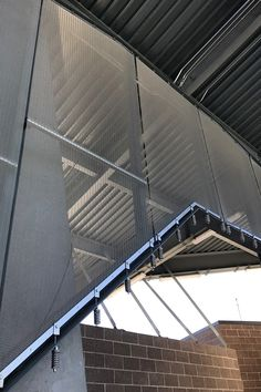 We have developed special mounting solutions for façades, ceilings and wall claddings as well as solutions for special circumstances. Steel Mesh, Wire Mesh, Cladding, Ceilings, Skyscraper, Multi Story Building, Garage, Louvre, Detail