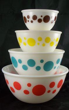 Hazel Atlas Nesting Bowls