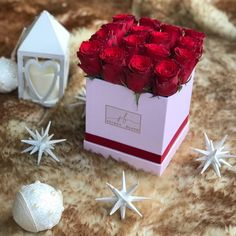Christmas Roses Red Roses Luxury boxes of flowers Secret Bloom Boxes