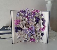 Livre bouquet fleurs en origami jardin de papillons livre   Etsy Book Art, Origami, Decorative Boxes, Creations, Etsy, Book Folding, Papillons, Origami Paper, Origami Art